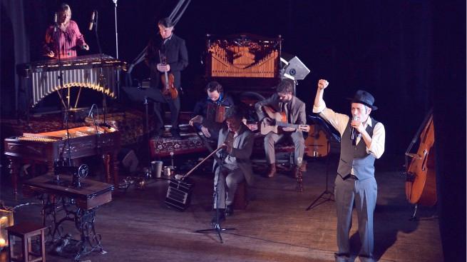 Welt un cabaret yiddish